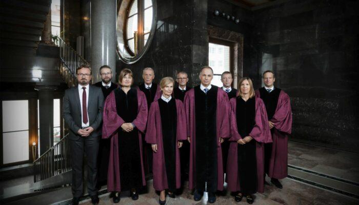 Sestava ustavnih sodnikov leta 2019